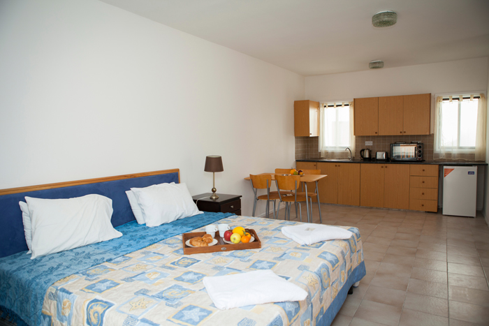 Alecos hotel apartments Paphos studio room